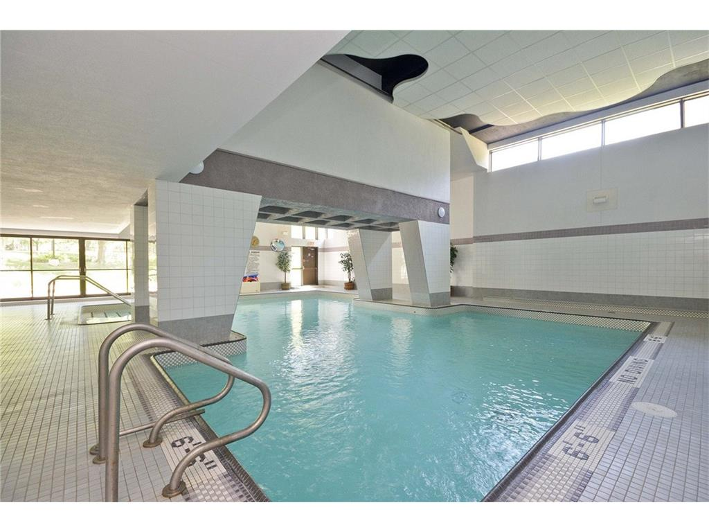 Nicely updated 2 bedroom condo for sale for rent for Bedroom 80 humidity