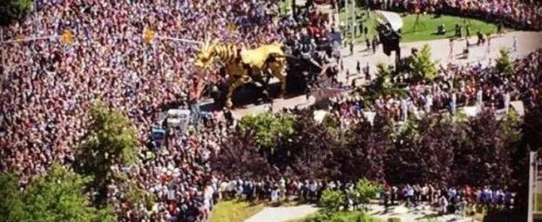 'It's magic': La Machine creatures wow crowd in Ottawa
